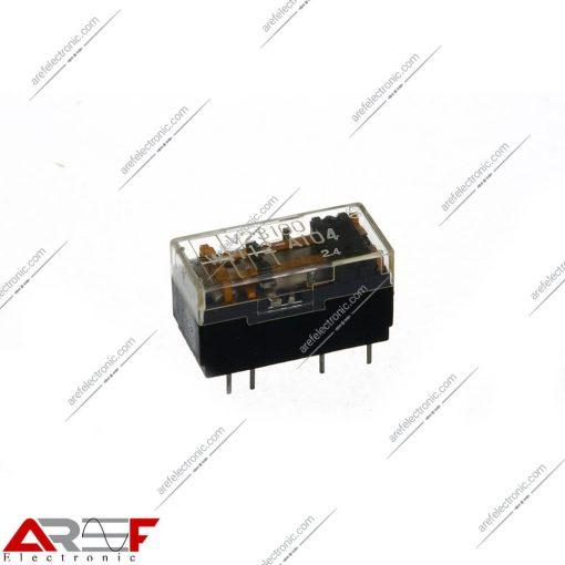 رله مدل V23100-W112-A104 دارای 12 ولت و 8 پین